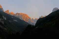 sunrise in mountains (freiraum7) Tags: sony alpha a7ii i fe 50mm f18