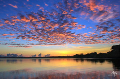 Sunrise mirror (alain_did) Tags: mirror reflets nature sunrise amazonia amazonie guyane maroni clouds sky sun