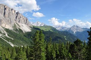Route du passo di Sella, Canazei, Val di Fassa, province de Trente, Trentin-Haut Adige, Italie.