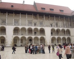 Poland (Krakow) Arcaded courtyard of Wawel Royal Castle (ustung) Tags: poland krakow wawel castle courtyard people building architecture arcaded ikon