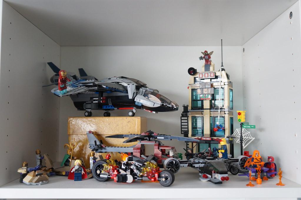DSC05720 (Kirayuzu) Tags: Wohnzimmer Sammlung Regal Shelf Lego Marvel  Superheroes