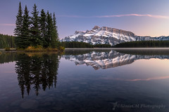 Mirror (Sònia CM) Tags: landscape longexposure largaexposicion llargaexposicio lake canada water waterscape mirror mountains mountain rockymountains rocky fuji fujifilm fujixt2 xt2 fujinon fujinon1024 esfujifilmx filters trees reflection reflejos reflexes