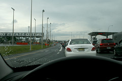 it took 2 hours to cross the border (wmpe2000) Tags: 2017 trip canada quebec bordercrossing traffic slow