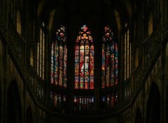 In the St. Vitus Cathedral in Prague (Wolfgang Bazer) Tags: veitsdom st vitus cathedral prag prague stained windows kirchenfenster chor chorfenster chancel tschechien czechia