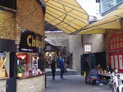 Camden Market - Lovely Place (52er Bild) Tags: pentax q10 london camden market udosteinkamp people urban city street england lock coffee tea hot chocolate leute hip store shop