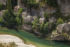 green river (crazyhorse_mk) Tags: castelbouc cevennes gorgesdutarn lozere france landscape nature valley canyon river village building rock green forest rverside water tree