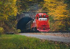 Brush Tunnel (benpsut) Tags: circusscheme gap gaptrail greateralleghenypassage speedlettering turntable wm wm501 wmsr wmsr501 westernmaryland westernmarylandscenicrailroad brushtunnel trainsrailroad