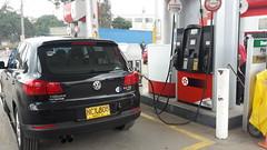 LC9X (2T) Deep black pearl 2012 VW Tiguan 5N Trend&Fun 2.0TSi 4Motion (rkfotos) Tags: lc9x 2t deep black pearl 2012 vw tiguan 5n trendfun 20tsi 4motion