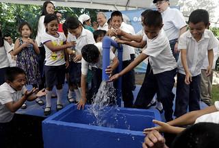 Inauguración de proyecto de agua en comunidades de Panchimalco