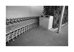 (Dennis Schnieber) Tags: 35mm kleinbild analog film fotoimpex kaufland lichtenberg sewanstrase berlin