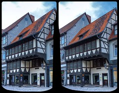 Quedlinburg Truss 3-D / CrossView / Stereoscopy / HDR / Raw (Stereotron) Tags: sachsenanhalt saxonyanhalt ostfalen harz mountains gebirge ostfalia hardt hart hercynia harzgau quedlinburg architecture fachwerk halftimbered house stud work antiquated ancient medieval middleages europe germany crosseye crosseyed crossview xview cross eye pair freeview sidebyside sbs kreuzblick 3d 3dphoto 3dstereo 3rddimension spatial stereo stereo3d stereophoto stereophotography stereoscopic stereoscopy stereotron threedimensional stereoview stereophotomaker stereophotograph 3dpicture 3dglasses 3dimage hyperstereo canon eos 550d chacha singlelens kitlens 1855mm tonemapping hdr hdri raw quietearth