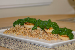 Scallops with Kale Pesto over Farro (Tom Ipri) Tags: scallops staycation staycation2017 diningin