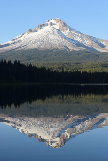 Trillium Lake at Mt. hood