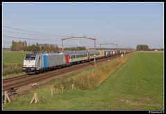 Lineas 186 299-4 - 42970 (Spoorpunt.nl) Tags: zondag 15 oktober 2017 lineas 186 2994 trein 42970 bpmz rijtuigen snälltåget container wagens zevenbergen molenweg traxx