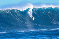 Ian Walsh (Ricosurf) Tags: 2017 2017bigwavetour bwt hawaii jaws maui peahichallenge peahi surf surfing theworldsurfleague wsl worldsurfleague action water ianwalsh haikumaui usa