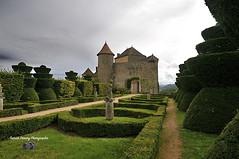 Bourgogne-Franche-Comté Saône-et-Loire ( photopade (Nikonist)) Tags: afsdxvrzoomnikkor1685mmf3556ged berzelechatel architecture affinityphoto château castle nikon nikond300 bourgogne jardin parc park imac mac apple couleurs