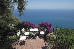 2017 06 18 - Tindari - (132) (Giovanni.Ciliberti) Tags: tindari tranquillità sicilia tavolo sedie terrazza ristorante