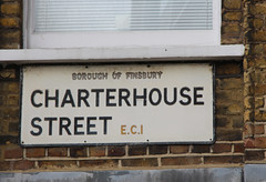 Charterhouse Street, EC1 (Tetramesh) Tags: tetramesh london england britain greatbritain gb unitedkingdom uk londër лондан лондон londres londýn londen lontoo λονδίνο londain londra londone londyn llundain londrez loundres londono londinium llondon lunnainn lùndra