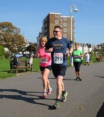 0D2D6492 (Graham Ó Síodhacháin) Tags: folkestonecoastalhalfmarathon folkestone race run runners athletics nicework 2017 halfmarathon creativecommons
