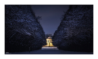 Night avenue in the gardens of Hanover - (explored)