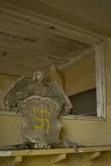 _MG_3855 (daniel.p.dezso) Tags: szeged laktanya orosz szegedi former soviet barrack elhagyatott urbex abandon ruin building abandoned military base militarybase