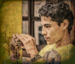 Mid-high student's first photography class (Pejasar) Tags: canon tennage middleschool student boy escuelaintegrada guatemala antigua
