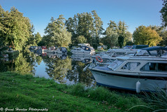 River Boats 3 (granth2903) Tags: leica m240 50mm zeiss geldeston norfolk norfolkbroads uk wwwgranthardenphotographycom boats boating river waveney beccles suffolk