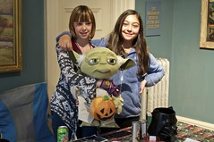 Fandom, The Youthful Experience (pecooper98362) Tags: binghamton newyork robersonmuseumsciencecenter robersonmansion robercon2017 letyournerdflagfly sciencefictionconvention fandom theyouthfulexperience yoda veryyoungjedi recruiting