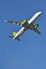 'BT65T' (BT0652) LGW-RIX (A380spotter) Tags: takeoff departure climb climbout strobe beacon belly bombardieraerospace cseries cs300 bd5001a11 ylcsc airbaltic asairbalticcorporation bti bt bt65t bt0652 lgwrix runway08r 08r london gatwick egkk lgw