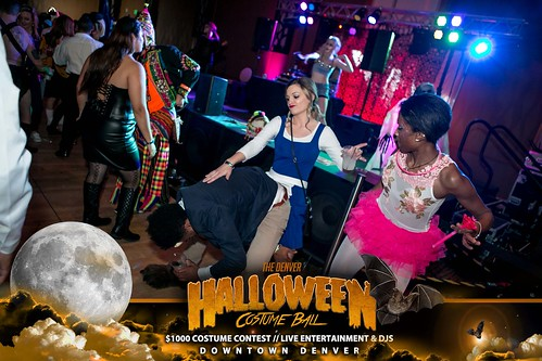 "Halloween Costume Ball 2017 • <a style=""font-size:0.8em;"" href=""http://www.flickr.com/photos/95348018@N07/38024826636/"" target=""_blank"">View on Flickr</a>"