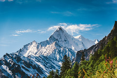 Yangmaiyong_1 (hans-johnson) Tags: tibetan shangrila xiannairi chenrezig daocheng yading garze sichuan china mountain snow snowmountain snowberg green vsco blue canon eos 5d3 風景 山 戶外 丘陵 天空 1635mm 35mm sky skies purple dslr lr lightroom fullframe senic capture landscape spot travel 雪地 hdr ps day light shadow white azul countryside country chine chunghwa yangmaiyong 中国 四川 甘孜 稻城 亚丁 稻城亚丁 杨迈用 雪山 自然 natural nature 70200mm 5dm3 5diii 5d eos5d cloud shine sunshine sun trip tour