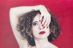 29 (Rafi Moreno) Tags: rafi canon selfportrait portrait autorretrato retrato retro vintage hipster red rojo interior pale soft curly