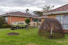 East Keilor (Westographer) Tags: eastkeilor melbourne australia westernsuburbs suburbia frontyard toyota toyotacorona parked house home garden