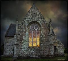 La Chapelle Saint-Eloi - Guiscriff (Philippe Hernot) Tags: sainteloi chapelle guiscriff morbihan bretagne nuit cornouaille france philippehernot nikond700 nikon posttraitement