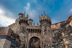 entrada castillo templario de Ponferrada (phooneenix) Tags: castillo templario ponferrada