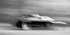 Mercedes Cabrio (Traveller_40) Tags: bw blackwhite blackandwhite cabrio car merzedes monochrome nb noirblanc noiretblanc reifen walkwithfriends biancoenero blancoynegro coupe fastcar meredes monocromático pretoebranco tyre 单色 白黒 camerashake