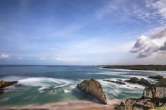 La playa. (Amparo Hervella) Tags: playamexota asturias españa spain nube largaexposición d7000 nikon nikond7000 comunidadespañola