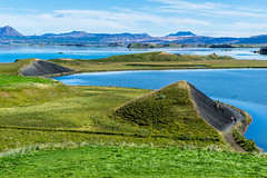 Walk in the Sun (*Capture the Moment*) Tags: 2017 farbdominanz fotowalk himmel iceland island lakemyvatn myvatn seemyvatn sky sonya7m2 sonya7mii sonya7mark2 sonya7ii sonyfe2470mmf4zaoss sonyilce7m2 water blau blue green grün wasser