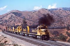 Just another ATSF pig train (C.P. Kirkie) Tags: atsf santafe tehachapi walong sd45 emd intermodal trains railroads california southernpacific