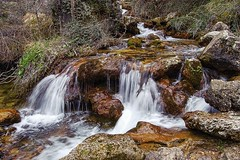 Rio Mundo waterfall (Peideluo) Tags: water cascada agua rio arroyo roca río