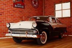 1955 Ford Fairline Crown Victoria diecast 1:24 made by Danbury Mint (rigavimon) Tags: diecast miniaturas 124 1955 ford fairline crownvictoria diorama