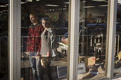 5_ 2018 PhotoWalk Omaha_Benson (Kent McCuddin) Tags: streetscene couple scottkelbyworldwidephotowalk window reflection walking nikon kentmccuddin city shopping