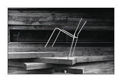 equilibrio instabile ;/) (schyter) Tags: фэд2 fed 2c jupiter8 silver 1958 lens film pellicola kodak tmax400 320iso рапри э201 rapri e201 spotmeter extintion development adox adonal 150 20 °c homemade scanned epson v600 analogica analogic bw bn bianconero blackwithe 135 35mm homemadescanned allaperto lodigiano lodi analogicait monocromo surreale bianco e nero sovietcamera rangefinder linee geometrico architettura