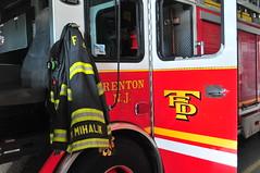 Trenton Fire Department Ladder 4 (Triborough) Tags: nj newjersey mercercounty trenton tfd trentonfiredepartment firetruck fireengine towerladder tower towerladder4 ladder ladder4 eone