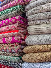 Mumbai 2015 (hunbille) Tags: india mumbai bombay birgittemumbai2lr mangaldas market mangaldasmarket pile