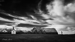 Iceland 2017 - The turf farmhouse - Glaumbær (cesbai1) Tags: the turf farmhouse glaumbær is islande iceland islanda islandia noir et blanc nb bw black white farm ferme tourbe sony a7rii