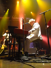 Jerry Dale McFadden (chearn73) Tags: keyboards concert music live clubregentcasino winnipeg manitoba canada themavericks countrymusic cubanmusic loud onstage lights