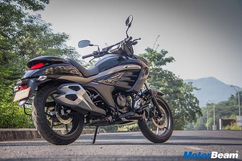 Suzuki-Intruder-150-15