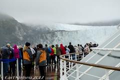 cruise-553-1 (carl_nielsen_photo) Tags: ice glacier cruiseship people