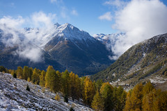 Val Tuoi (Engiadina Bassa) (Toni_V) Tags: m2405766 rangefinder digitalrangefinder messsucher leicam leica mp type240 typ240 35lux 35mmf14asphfle summiluxm hiking wanderung randonnée escursione alps alpen herbst autumn atun engiadinabassa unterengadin valtuoi landscape landschaft graubünden grisons grischun switzerland schweiz suisse svizzera svizra europe snow schnee herbstfarben ©toniv 2017 alpsura 171007
